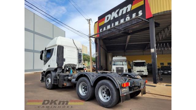 Iveco Stralis 480 automatico 6x4 ano 2014 completo c/ 317 mil km