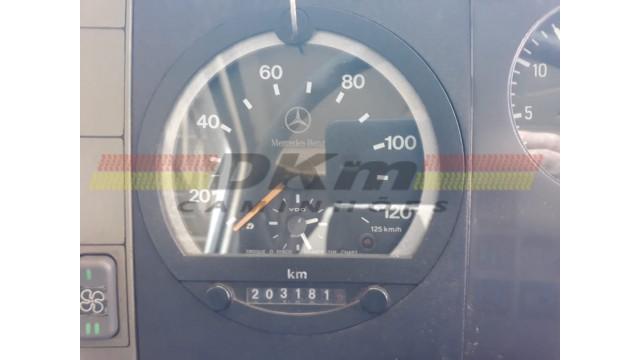 MB 710 ano 2009 com 203 mil km com ou  sem baú
