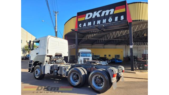Axor  2544 LS 2018 automatico 6x2 ( leia o anuncio )