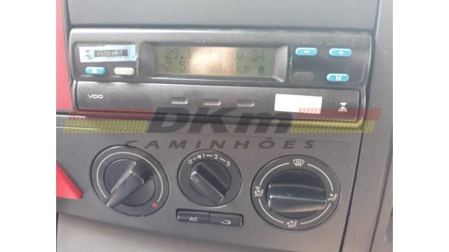 VW 25420 Vtronic 8x2 ano 2014 automatico completo
