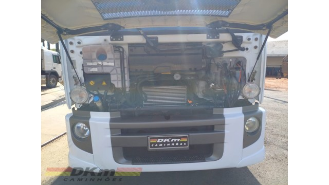 VW 24280 constellation 6x2 ano 2019 completo 117 mil km