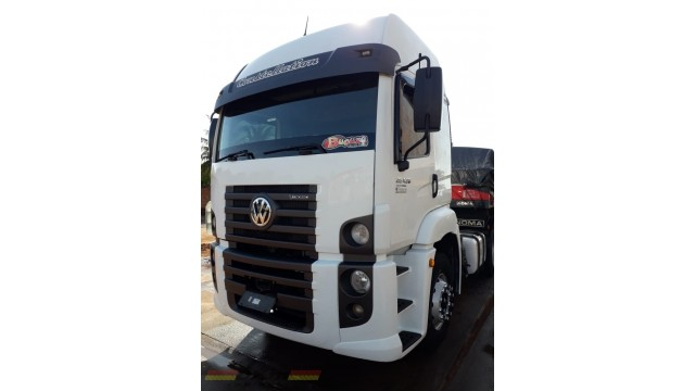 VW constellation 25420 Vtronic 6x2 ano 2014 completo