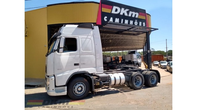FH 440 Ishift 6x4 bogie leve 2011 completo