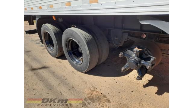 Carreta baú 30 paletes 2012 Librelato 03 eixos sem pneus ( isolada )
